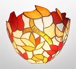 Haysom Lighting: Decorative stained-glass Tiffany wall light